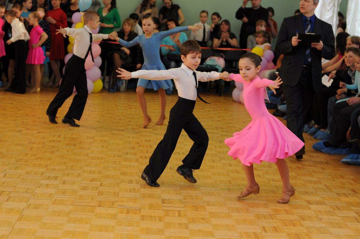 В чём суть бальных танцев?